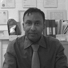 Dr Badar Usmani